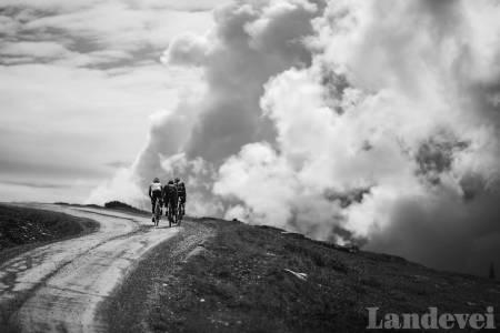 DEN FANTASTISKE LANGTUREN: Hvordan ser din drømmedag ut? Her fra en langtur på Per Gynt Seterveg nord for Vinstra. Foto: Magnus Roaldset Furset.