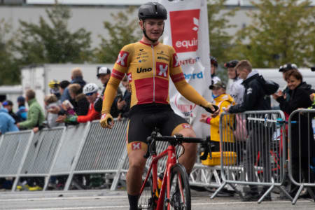 SOLEKLAR SEIER: Martin Bugge Urianstad vant siste runde i Norgescupen 2019. Foto: Cecilie Christensen
