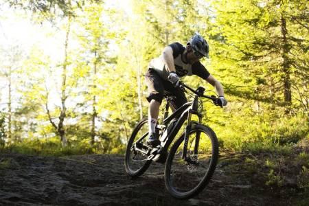 er det lov å sykle elsykkel i marka