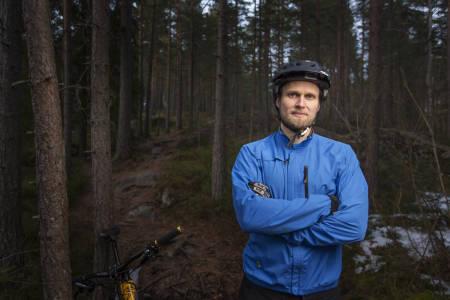 Stian Bergeland, leder i NOTS, tror ikke lovendringen vil skape noe storinnrykk av elsykler på stiene. Foto: Kristoffer Kippernes