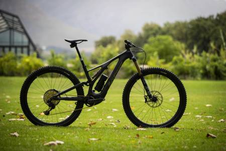 test elsykkel specialized turbo levo sl