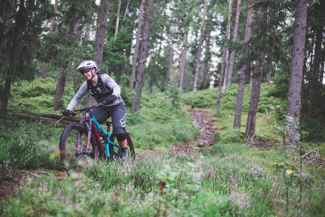 kvinnelige syklister, kvinner og sykling, jentesykling, ride like a girl