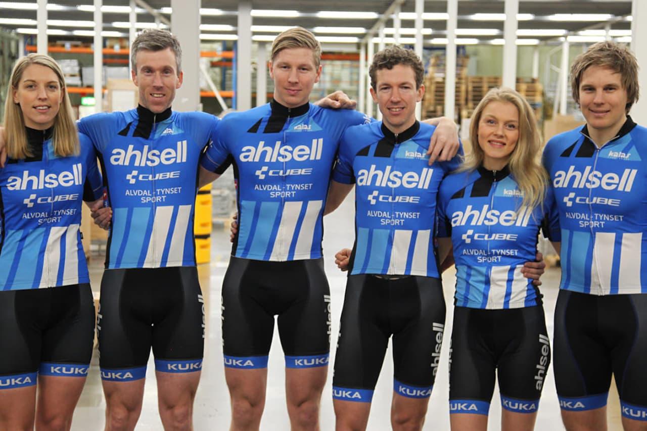 Dette er Ahlsell Cube 2019: Julie Solvang (til venstre), Knut Erik Nesteby, Eirik Fiskvik, Justinas Leveika, Rakel Birkeli og Anders Fiskvik. Foto: Ahlsell Cube copy