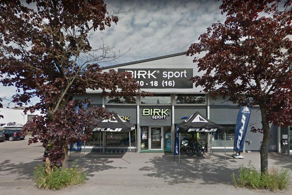 KONKURS: Det er mange interessenter i konkursboet til Birk Sport. Her fra butikken i Tønsberg. Foto: Google Maps