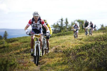 KLASSEVINNER: Ole Kristian Sørland vant menn 40-49 i UltraBirken (foto: Kristoffer H. Kippernes)