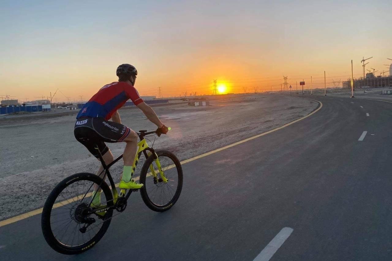 Torjus Bern Hansen på trening i Dubai