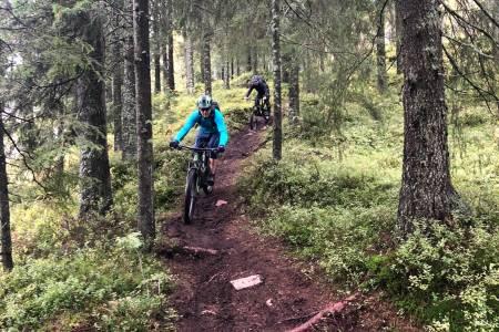 Det var liten tvil om at stiene som Alice Grindheim bygget til Oslo Enduro falt i smak hos deltakerne på helgas NOTS GTG-tur i Tryvann. Foto: Frode Kaafjeld