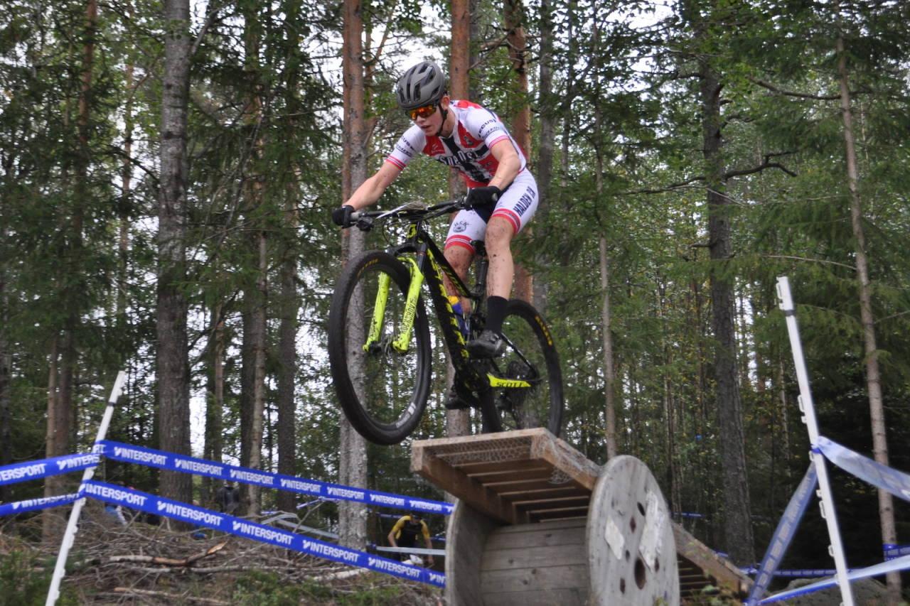 Ole Sigurd Rekdahl under Norgescupfinalen i Halden i år. Der avsluttes Norgescupen i rundbane også neste år, etter samme oppsett med rundbane og sprint, begge med UCI-status. Foto: Vegard Utne