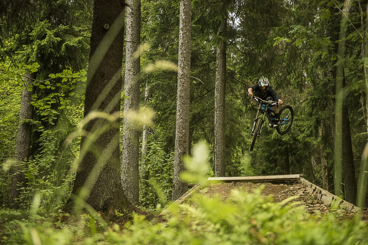 LOKAL: Tidligere sykkelproff Trond Hansen kan fortsatt, og med Oslo som hjemby er Frognerseteren hans bakgård. Bilde. Vegard Breie