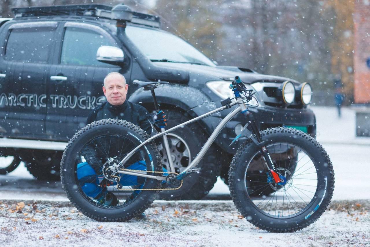 DRØMMESYKKELEN Christian Bode har bygd en sykkel så spesiell at han nå er venn med rammebyggeren.