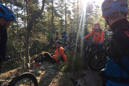 Det kom 43 syklister på første GodTurGuiding i NOTS Follo, og 10-15 nye NOTS-medlemmer. Foto: Trond Dyrnes