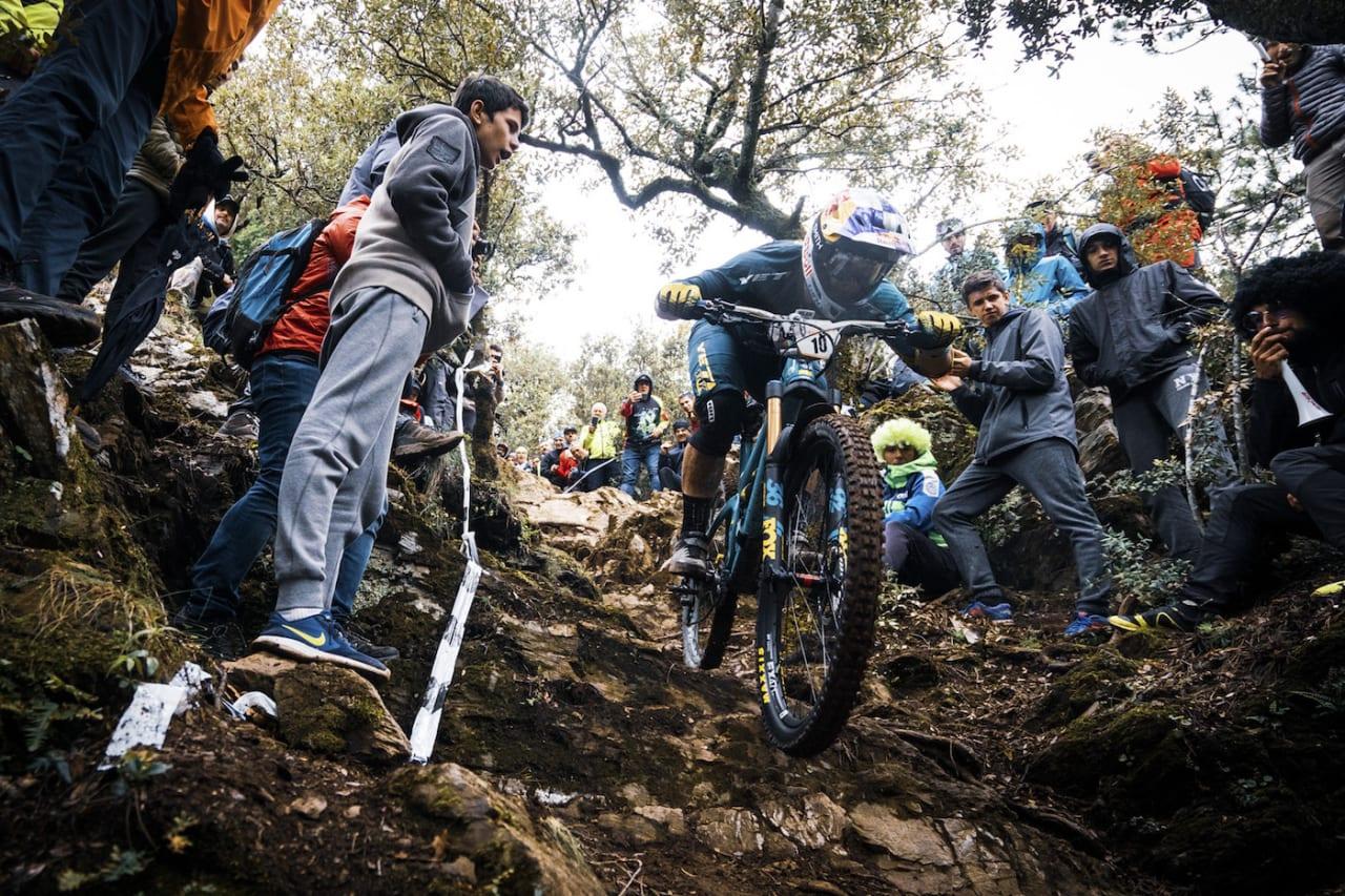 Det var under Enduro World Series runden i Olargues i Frankrike i mai i fjor at Richie Rude (bildet) og Jared Graves avla positive dopingtester. Det er fortsatt ikke kommet noen avgjørelse i disse sakene. Foto: Enduro World Series