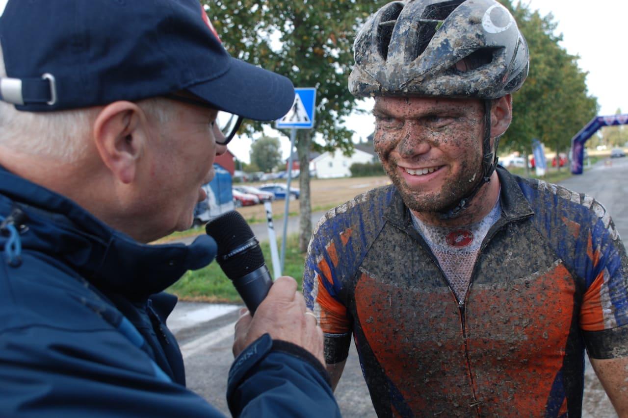 Emil Hasund Eid, som blant annet vant prøve-NM/Norgescupfinalen i maraton i høst, blir en del av Swix Hard Rocx for kommende sesong. Foto: John Wiik