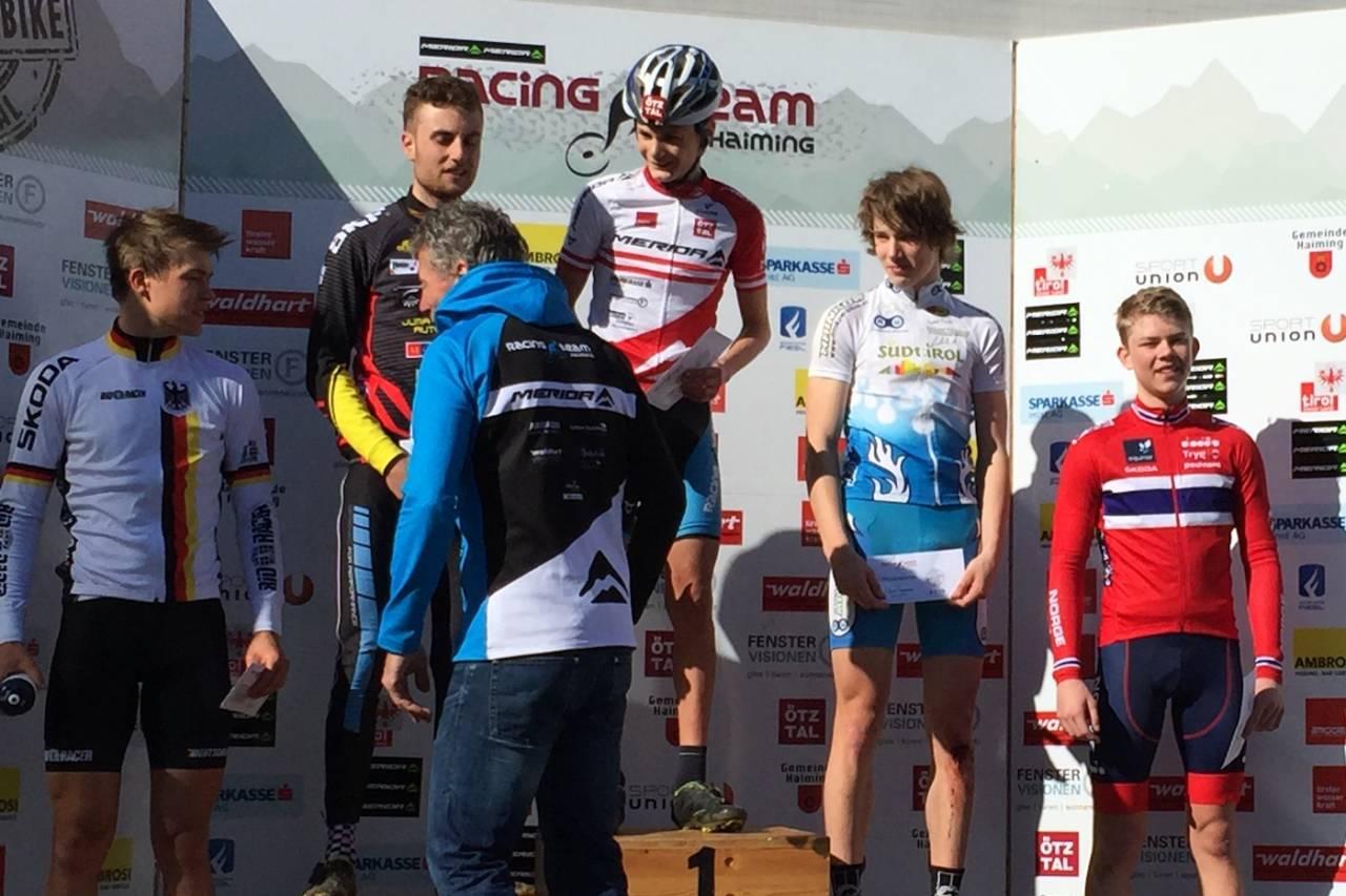 Ole Sigurd Rekdahl fra Halden CK  (til høyre) ble beste norske i UCI-rittet i Østerrike. Foto: Eddy Knudsen Storsæter/NCF
