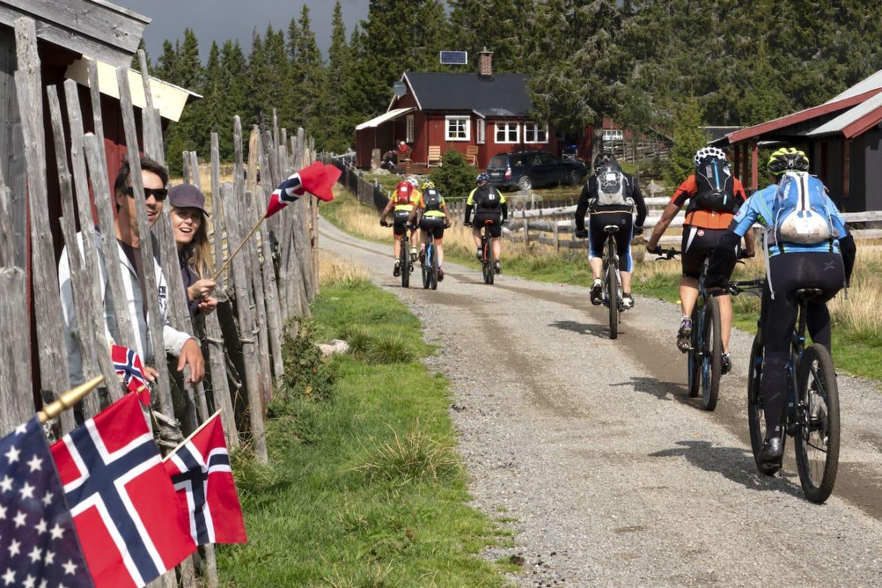 Team Terrengsykkel fikk det tyngre enn forventet, slik som mange andre i rittet. Foto: Birken AS