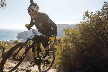 Fra 2020 får elsyklistene sin egen klasse og egne etapper i Enduro World Series: EWS-E. Foto: Enduro World Series