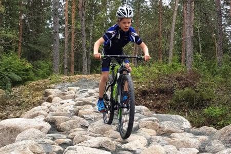 NM-løypa som skal brukes i juni har vært brukt til Norgescup i to sesonger, men det er lagt til en rekke elementer i anledning mesterskapet, slik som en helt ny rock garden. Foto: Soon CK