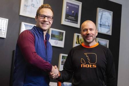 Knut Harald Smette, salgssjef i Terrengsykkel og Lars Thomte, styreleder i NOTS. Foto: Kristoffer Kippernes, Terrengsykkel
