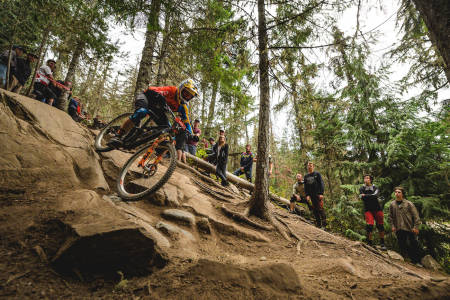 Zakarias Blom Johansen leverte en av sesongens sterkeste ritt under helgas Enduro World Series-runde i Whistler i Canada. Foto: Chris Pilling