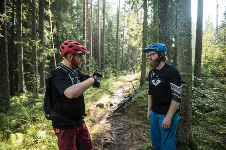 STIPRAT: Bjørn Enoksen fra NOTS og programleder Knut Myking snakker om Pioneren i denne episoden av Stipatruljen. Bilde: Vegard Breie