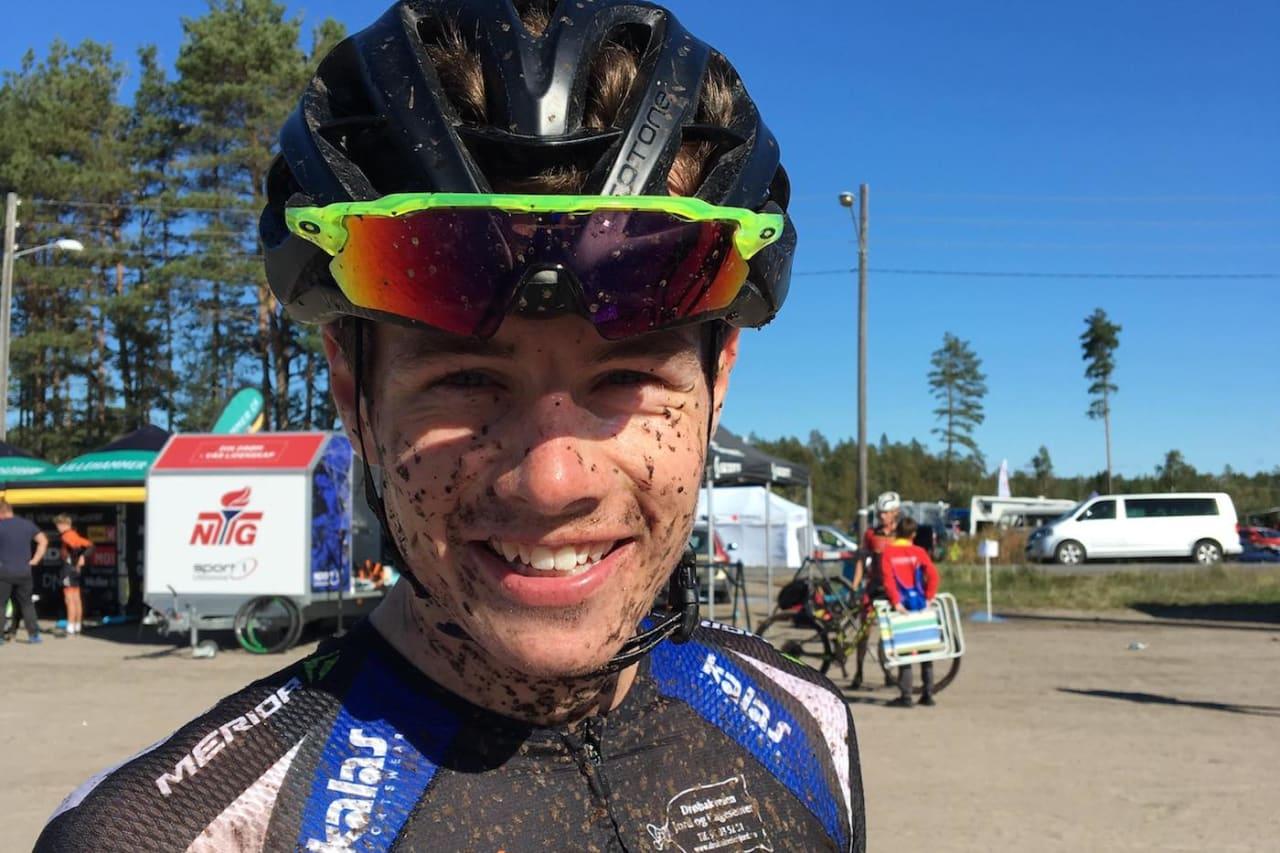 Martin Siggerud fra Soon CK gikk fra outsider på fredag til sammenlagtvinner etter dagens sprint, som var siste ritt for Norgescupen i rundbane 2018. Foto: Ingeborg Siggerud