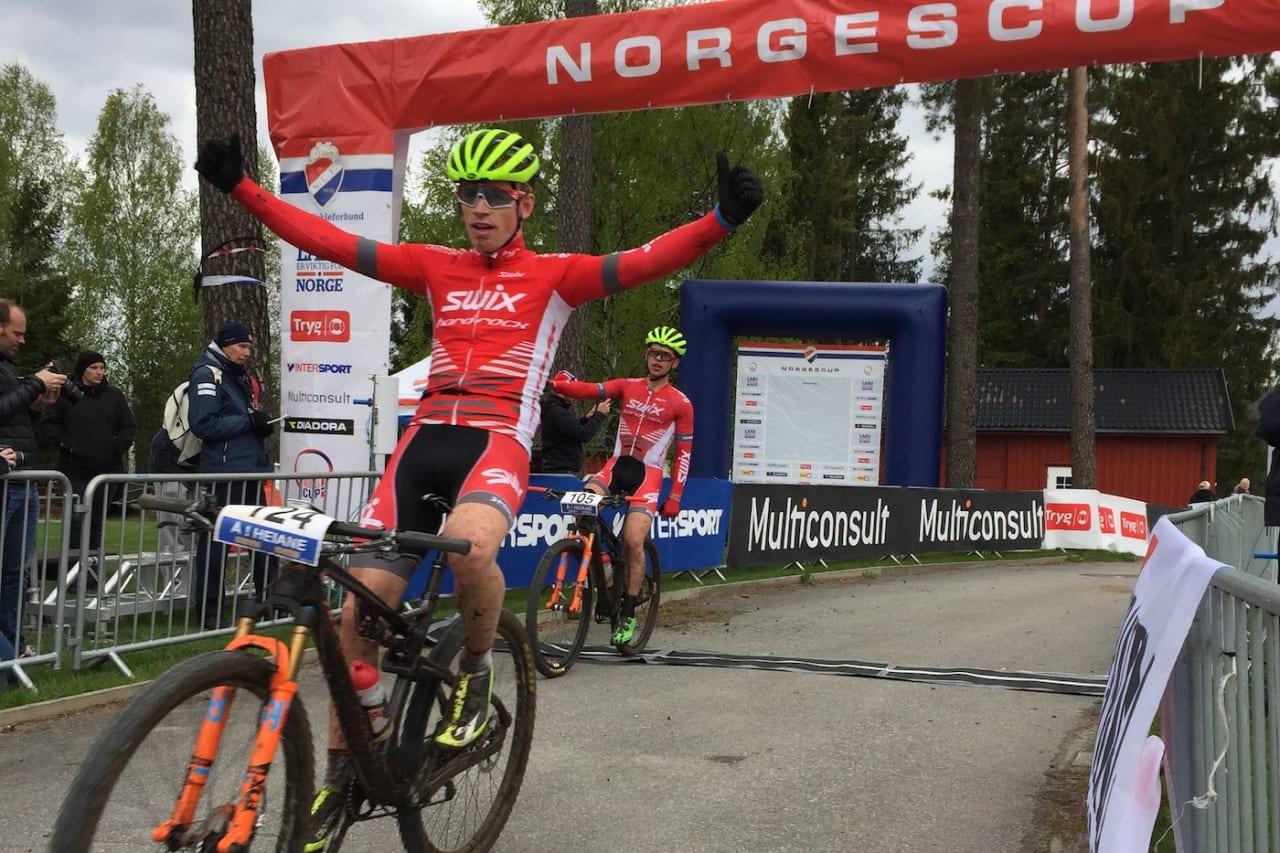 Å i Heiane er første ritt ut i Norgescupen maraton 2019. Her fra 2017, da Ole Hem vant foran Fredrik Haraldseth. Foto: Dag Aalvik