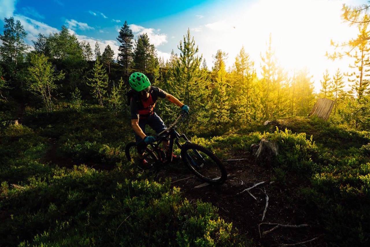 Sykling på Kaupanger skal ikke markedsføres bredt som et reiselivsprodukt men et tilbud til lokale stisyklister. Foto: Bård Basberg