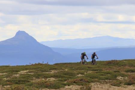 Årets løype i Offroad Valdres er litt kortere enn tidligere utgaver, men minst like episk lover løypelegger Stian Ulberg. Foto: Arrangøren