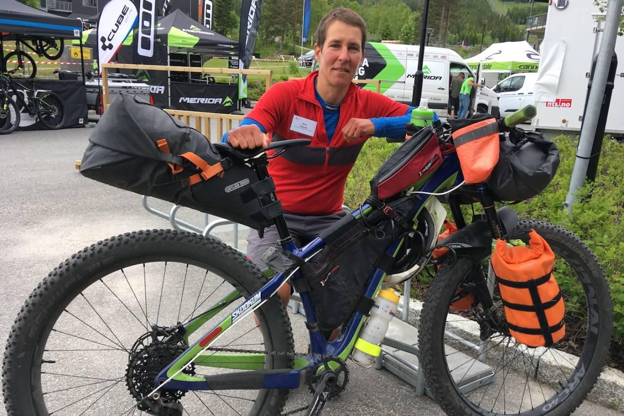 Nina Gässler syklet fra Malaga til Utflukt på sin bikepacker-tjukksykkel. Det tok 43 dager. Foto: Ingeborg Scheve
