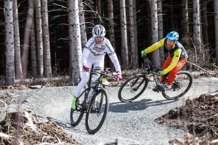 Tester OL-sykkelen til Gunn-Rita