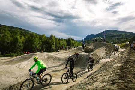 Hallingdal Sykkelpark i Ål åpnet på torsdag. Den er bare starten på en stor satsing på lavterskelanlegg i fem kommuner i regionen, med total ramme på 7-8 millioner kroner. Foto: Paul Lockhart