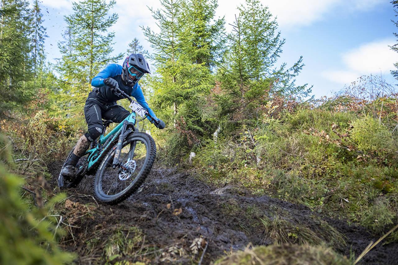 Magnus Slinger Sørli vant Hakadal Enduro, men det var ikke mer enn så vidt med uflaks på de to siste etappene. Foto: Pål Westgaard