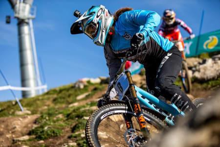 Mille Johnset VM-debuterte til bronse i utfor. Foto: Sven Martin