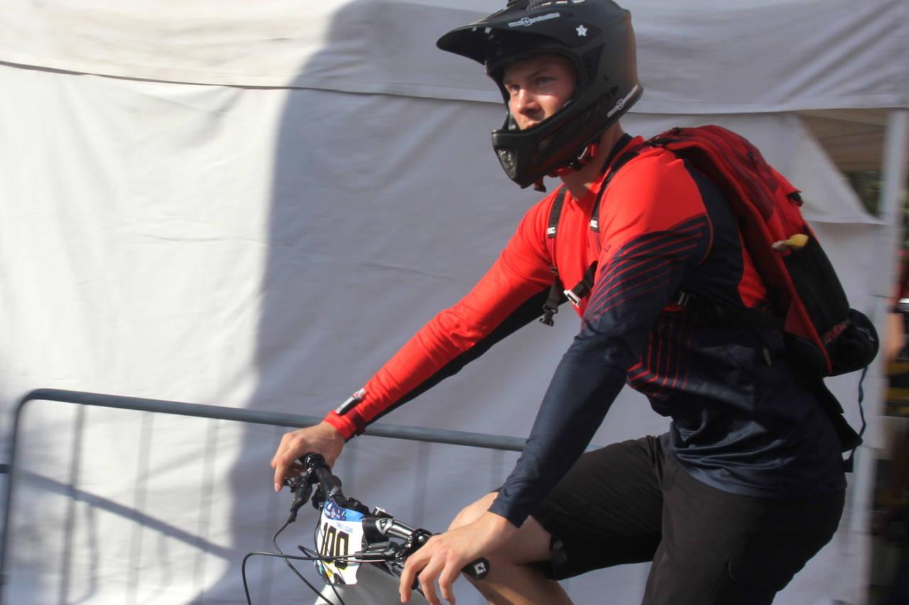 Zakarias Blom Johansen har fått kontrakt med Ibis Cycl Enduro Race Team og blir Norges første profesjonelle endurorytter. Foto: Ingeborg Scheve