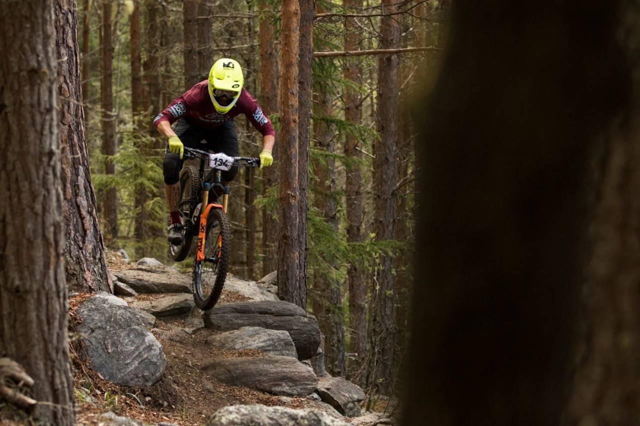 Zakarias Blom Johansen var overlegen i første runde av 80/20-serien, NesbyEnduro. Foto: Per-Eivind Syvertsen