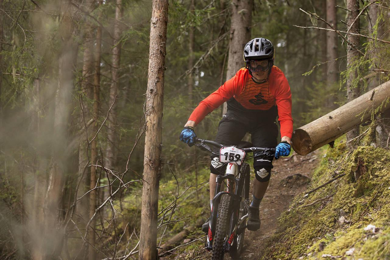 Zakarias Blom Johansen fra SK Rye/Specialized Nordic vant den europeiske endurocupen Specialized SRAM Enduroseries sammenlagt med seier i tre av fire ritt og en andreplass. Foto: Kristoffer Kippernes