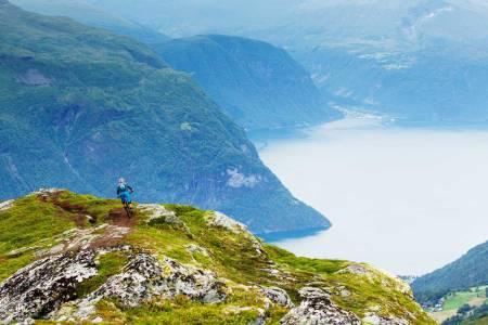 stisykling på sunnmøre, stisykling i fjørå, norrøna fjørå, stisykling i norge