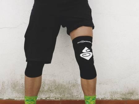 test av sweet knebeskyttere sykling