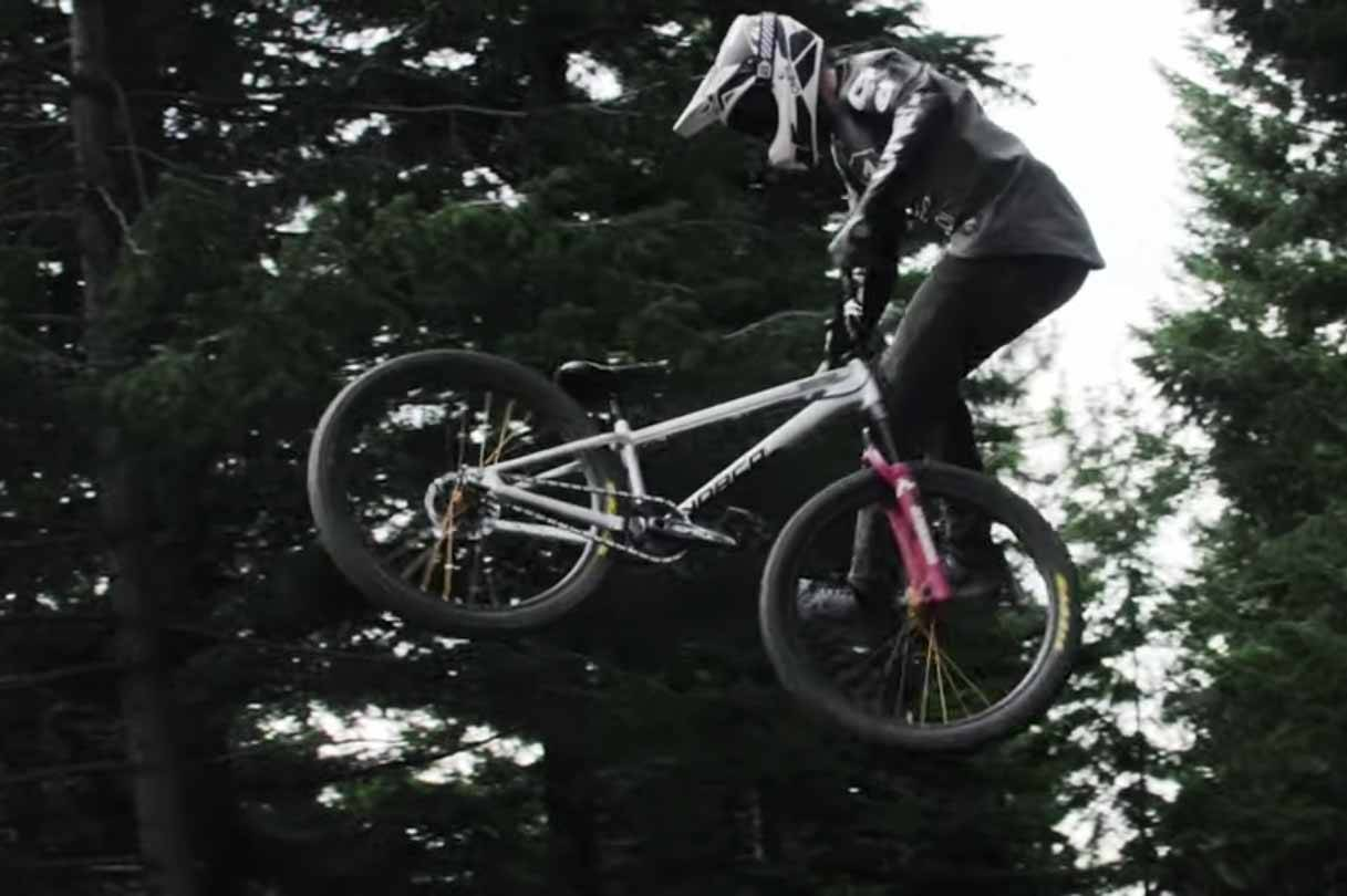 matt macduff triks terrengsykkel