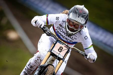 Camille Balanche fra Sveits vant verdenscupåpningen i utfor