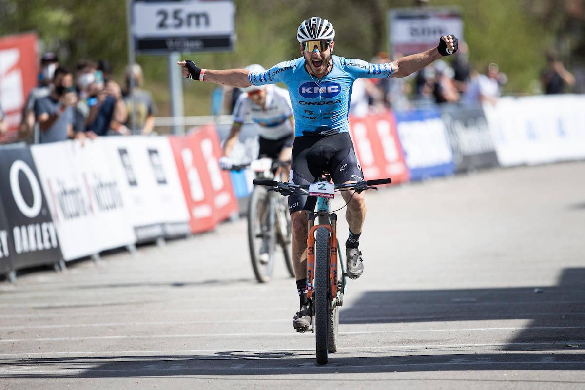 Victor Koretzky vant verdenscupåpningen 2021