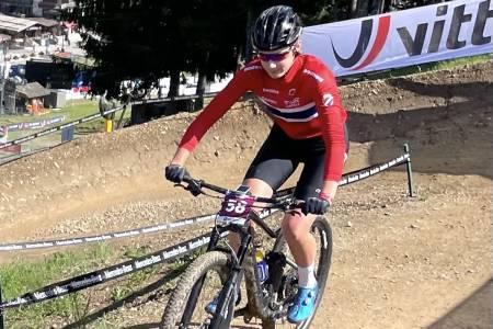 Hedda Brennengen Bjørklund syklet sitt første ritt på verdenscupnivå