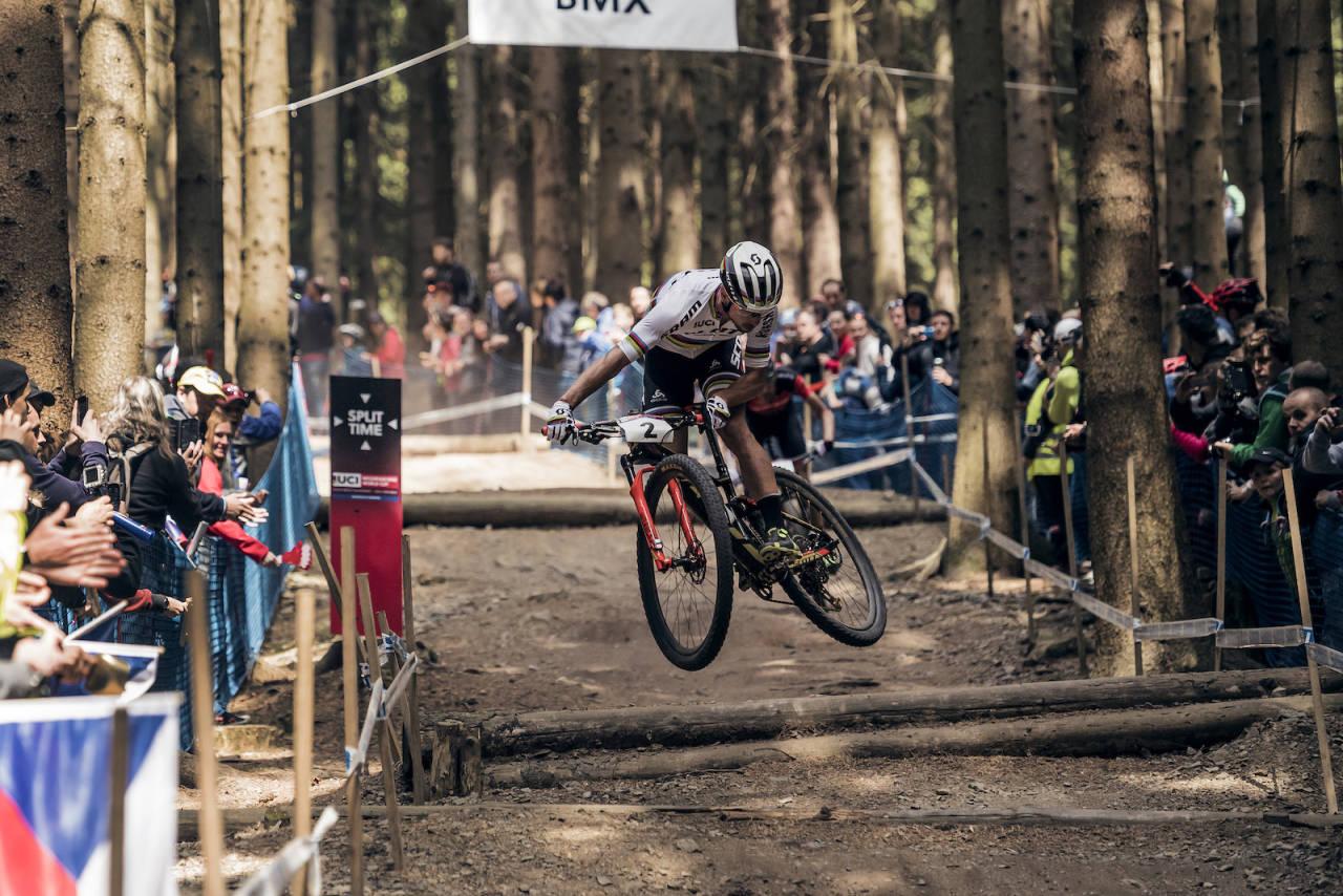 Nino Schürter under verdenscup runde i rundbane i Nove Mesto