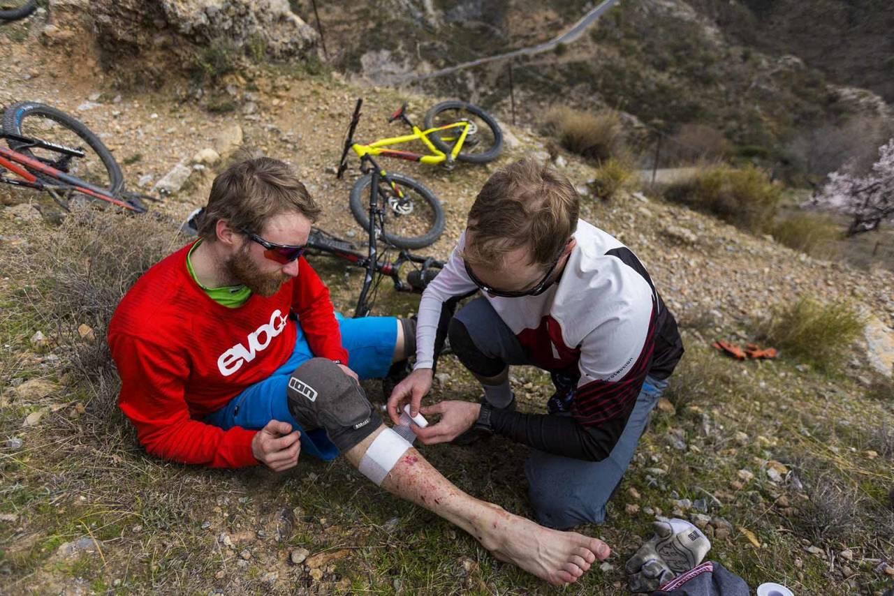 UHELDIG: Nå gikk det bra med denne syklisten, men om du får alvorlige skader i sykling er forsikring viktig. Foto: Kippernes