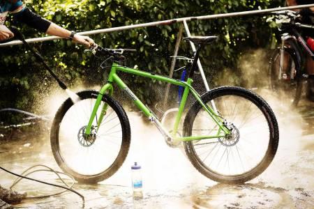vinterlagring sykkel vaske vedlikeholde terrengsykkel