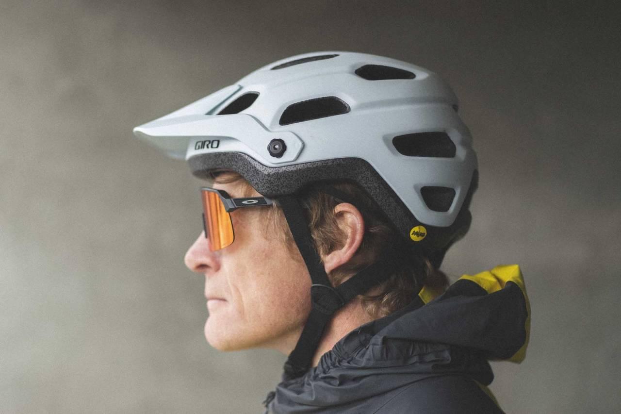 test giro source mips sykkelhjelm 2021