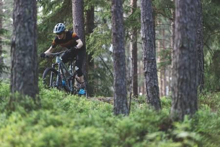 test sykkelhjelm bontrager specialized
