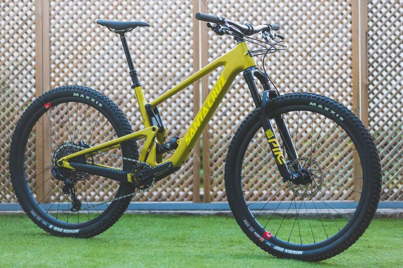 MER AV ALT: Santa Cruz' nye Tallboy er tøffere, råere og kulere enn forgjengeren. Dropp karbonhjulene for å matche prisen på Ibis-sykkelen.