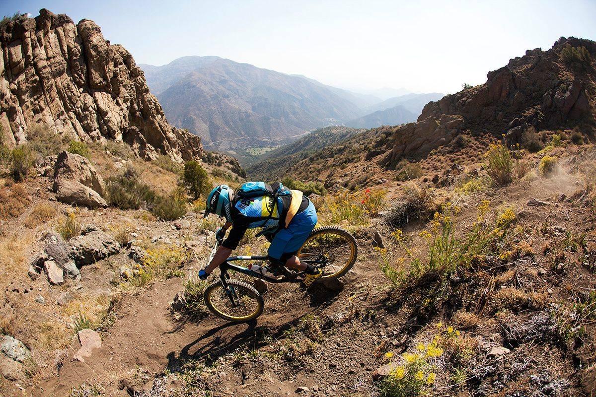 TILBAKE: Fabien Barel er tilbake i Chile der han brakk ryggen i fjor. Nå viser han at han kanskje er bedre enn noen gang.