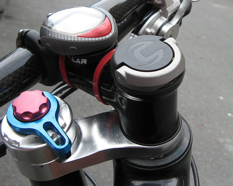 A tool not a banana Q: Head Wrench passer perfekt i styrerøret på en Cannondale med Lefty-gaffel.